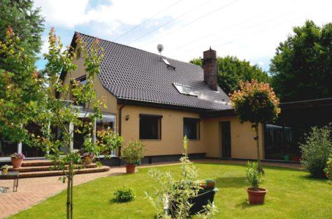 Ein großzügiges Haus für Familien. Hier heißt es leben und entspannen., 18057 Rostock, Einfamilienhaus