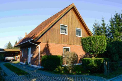 Gemütliches Einfamilienhaus in grüner Umgebung. Nur wenige Autominuten von Rostock entfernt., 18059 Ziesendorf / Buchholz, Einfamilienhaus