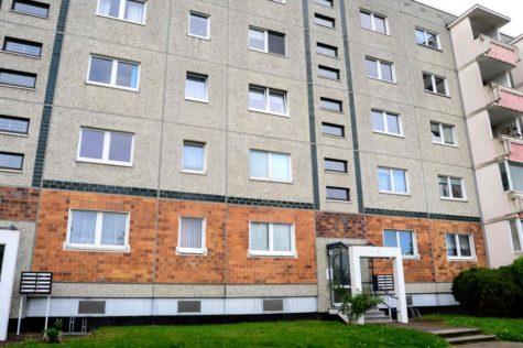 Geräumige 3- Zimmer-Wohnung in grüner Umgebung von Rostock, 18147 Rostock / Toitenwinkel, Etagenwohnung