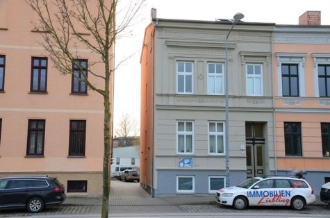 Sanierte Dachgeschosswohnung in der Stadtmitte von Rostock, 18055 Rostock, Dachgeschosswohnung