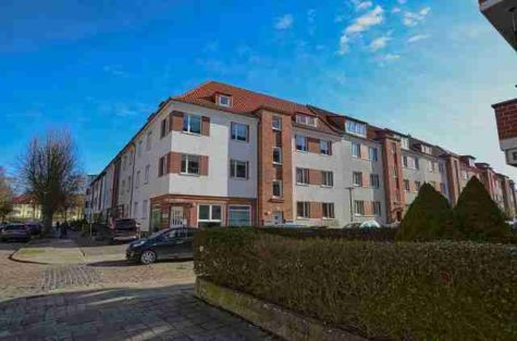 Geräumige 3-Zimmer- Dachgeschosswohnung im Tweel – Viertel., 18059 Rostock / Kröpeliner Tor-Vorstadt, Dachgeschosswohnung